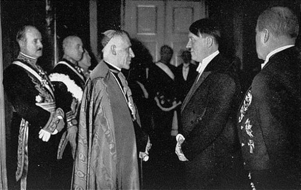 Hitler ile Papa Pius XI Buluşması