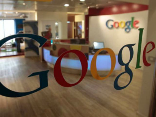 Google Paris'e Polisten Baskın